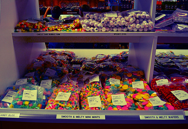 death-valley-candy-store