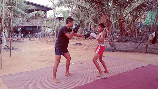 child-muay-thai-fighter-training