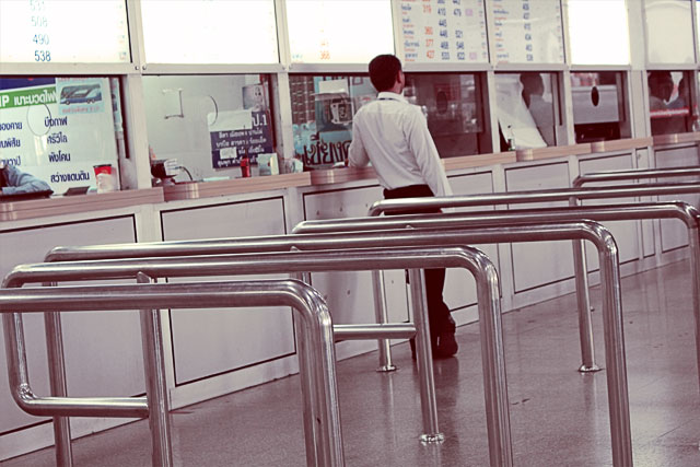 mo-chit-bus-station-ticket-booth