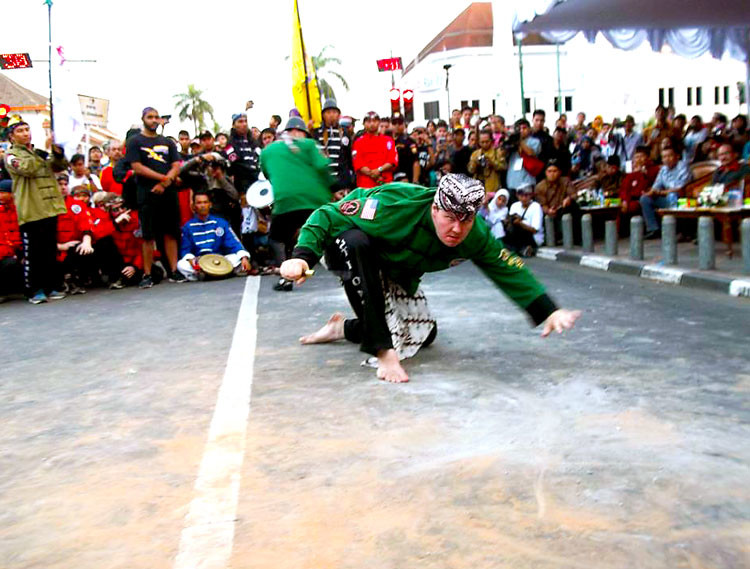 training indonesian martial arts