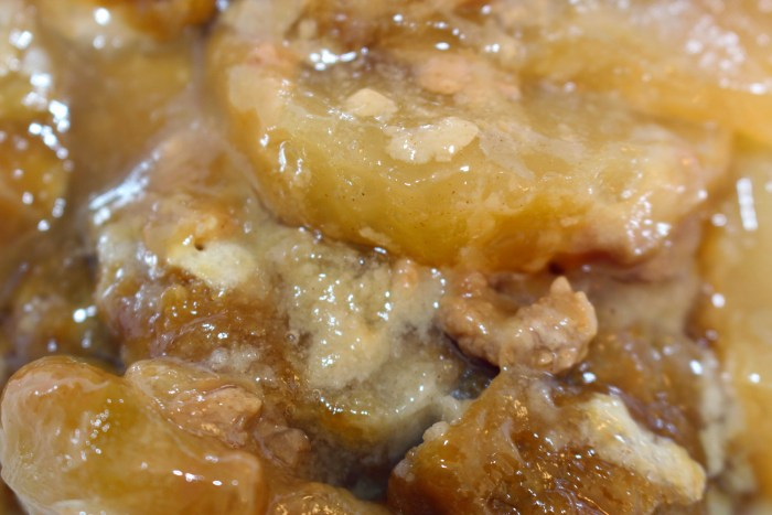 Caramel Apple Slow Cooker Dessert