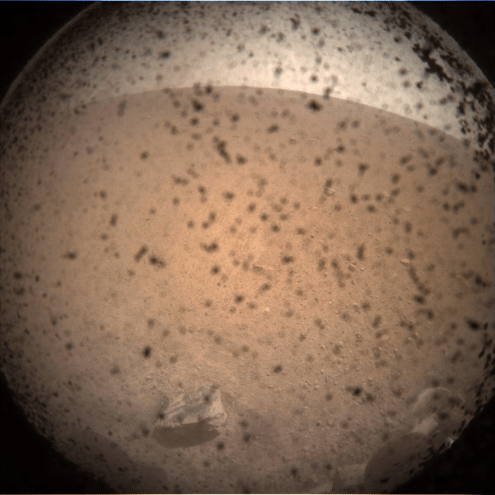 _mars.nasa.gov_insight-raw-images_surface_sol_0000_icc_C000M0000_596533559EDR_F0000_0106M_.PNG