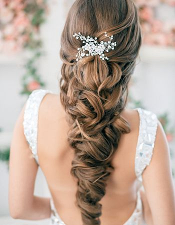 best-indian-bridal-hairstyles-for-long-hair-2