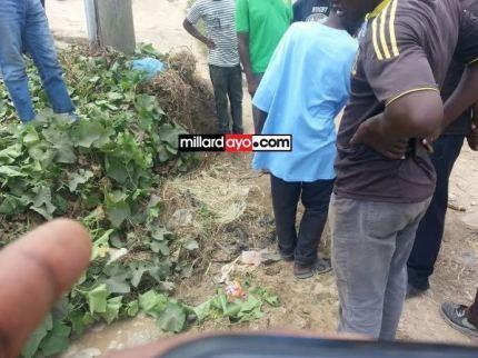 Kifaa kilichosemakana kuwa bomu Shekilango Dar es salam, Polisi wasema ni chuma tu Jan 2 2013