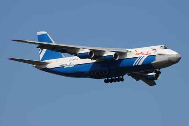 polet_airlines_an-124_ra-82075_in_flight_28-jul-2011