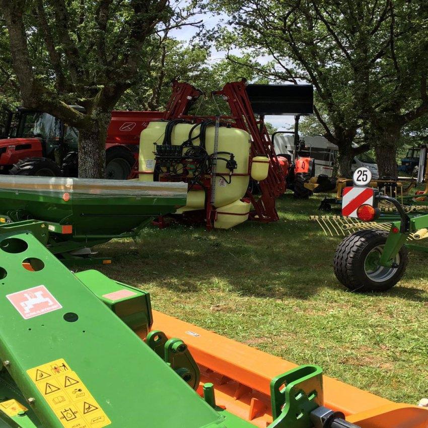 Exposición de maquinaria Agrícola en Galicia Millares torrón