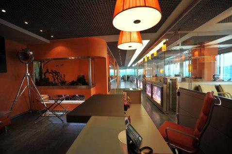 Дизайн интерьера офиса в стиле хай-тек