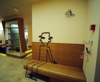 Дизайн интерьера квартиры в стиле контемпорари. Прихожая