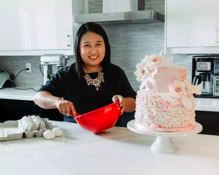 home baker uriah liwanag with her cake