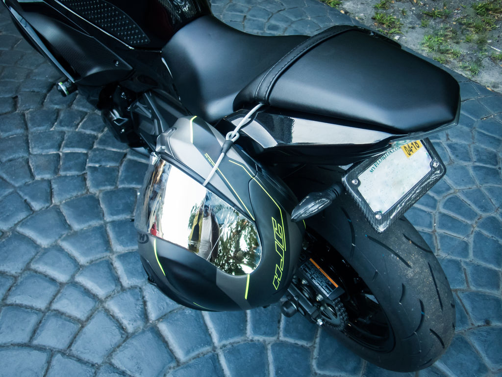 Motorcycle Helmet Lock: Anti-Theft Tether Cable - Millennial DIYer