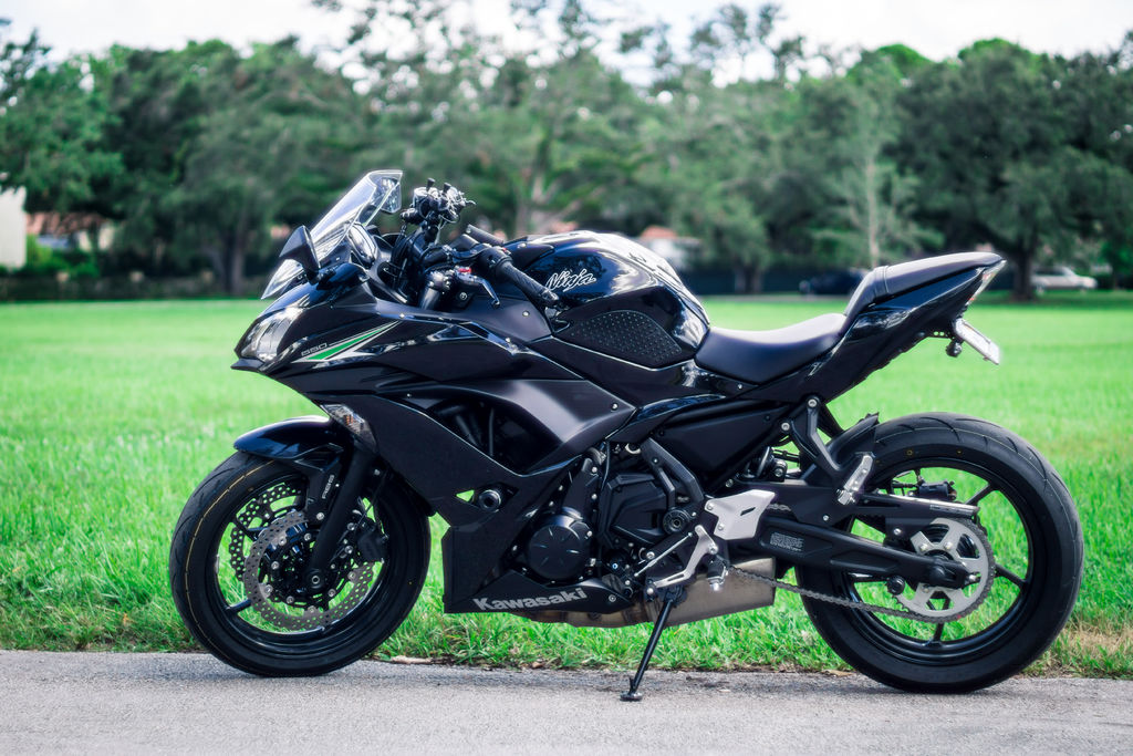 This is the bike we'll be working on today. A 2017 Kawasaki Ninja 650 ABS.