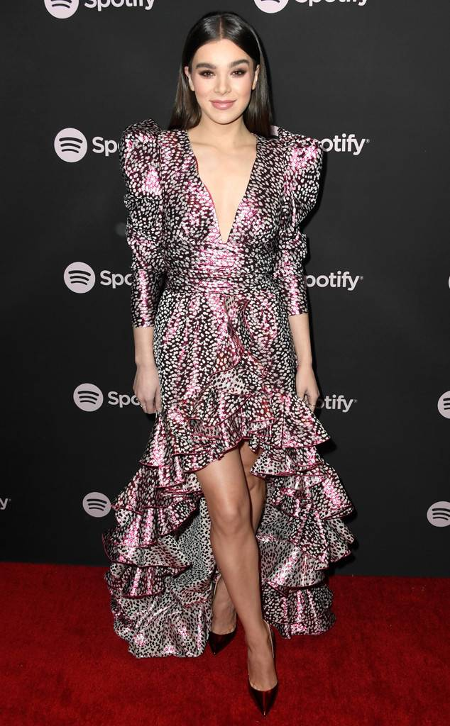 Hailee Steinfeld at a 2019 Grammy party
