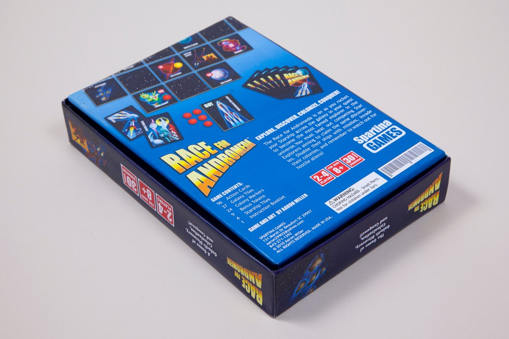 Graphic design and illustration for game box - bottom