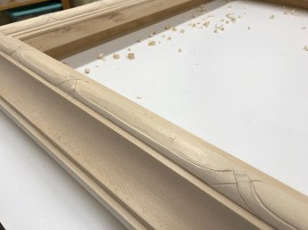 Small chisel work used to define the pattern.