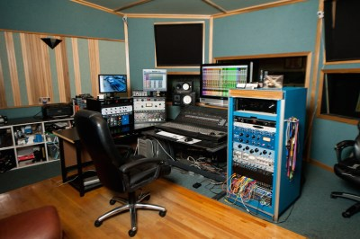 studio-chair-2