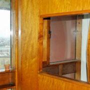 Le Corbusier, La maison radieuse de Rezé, L'appartement: cloison séparant escalier et chambre parentale