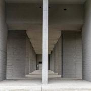Le Corbusier, Briey, Pilotis