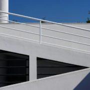 Le Corbusier, la villa Savoye, Rampe du 1er etage vers toit terrasse - Ramp to roof garden