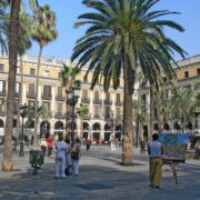 Barcelone, la plaça Reial