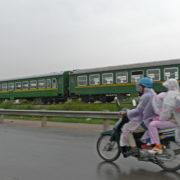 La nationale longe la ligne de chemin de fer