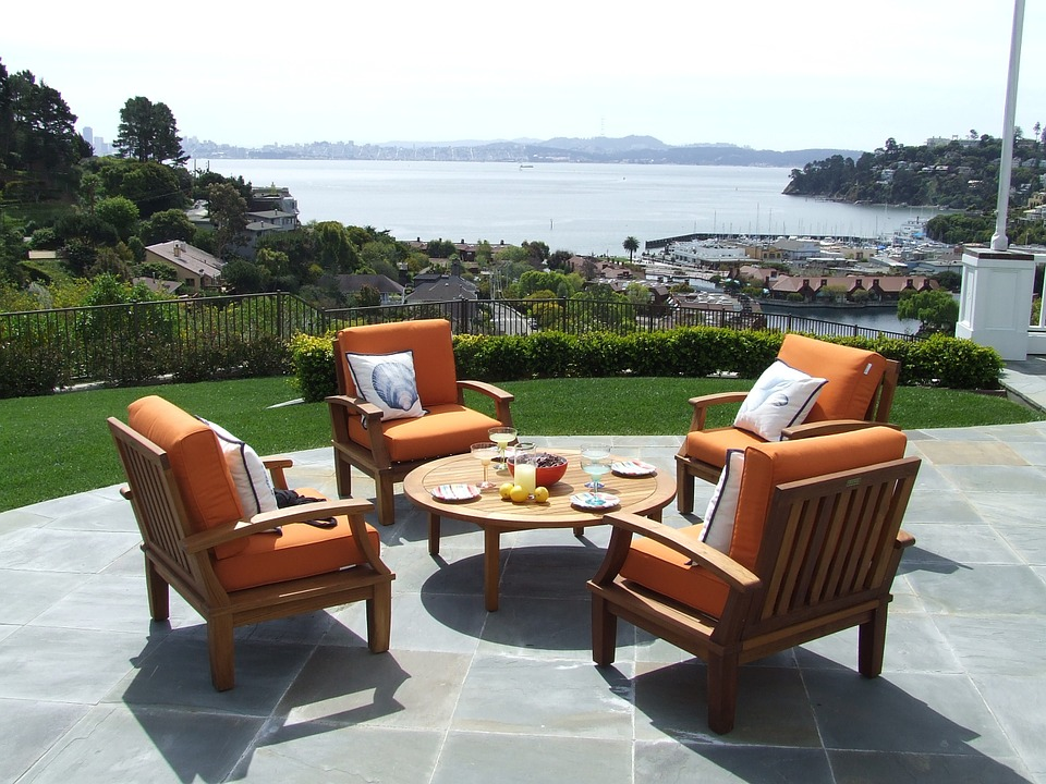 Modern Outdoor Patio Furniture; Home Improvement ideas