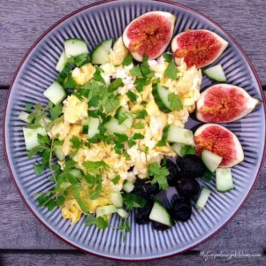 scrambled-eggs-and-feta