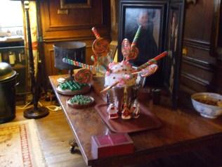 candy-sticks-brown-parlour