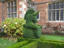 topiary-unicorn-outside-front-entrance