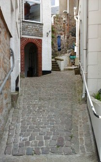 st-ives-alley-3