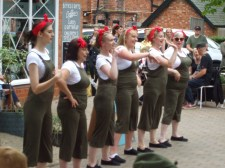 'Land girls' entertain with a dance or two