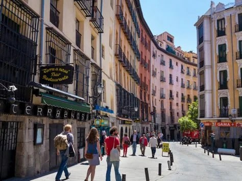 Fare War 455 Round Trip From 4 Cities To Barcelona Helsinki Madrid