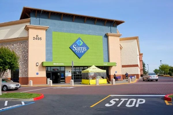 Limited-Time: Costco Members Can Try Sam's Club for Free