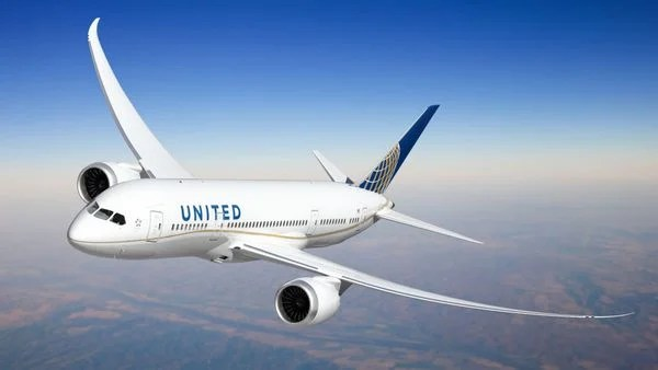 Which Airlines Are Included in the Visa Infinite Discount From the Chase Ritz-Carlton Card?