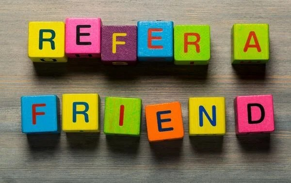 Refer a Friend to an AMEX Small Business Card and Earn Bonus Points!