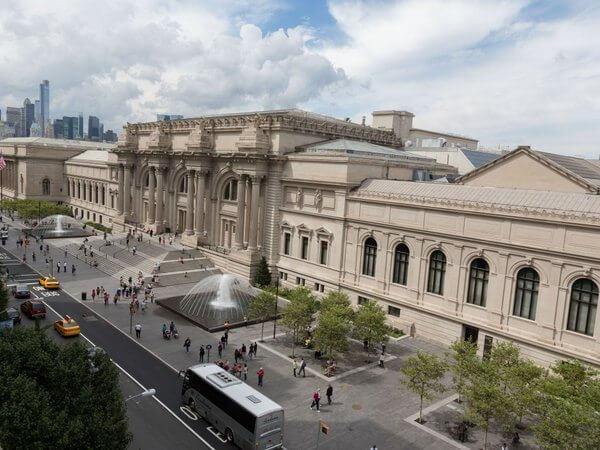 Free Access to US Museums, Zoos, Aquariums, & More This Weekend With Your Bank of America Card!