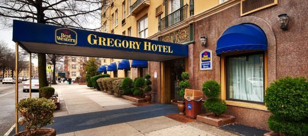 Act Fast: Save $50 Off $200+ Expedia Hotel Booking