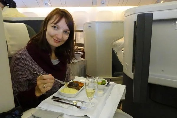 How to Fly Round-Trip to Japan in Business Class for $100: Part 4 – The Secret to Flying Cathay Pacific Business Class