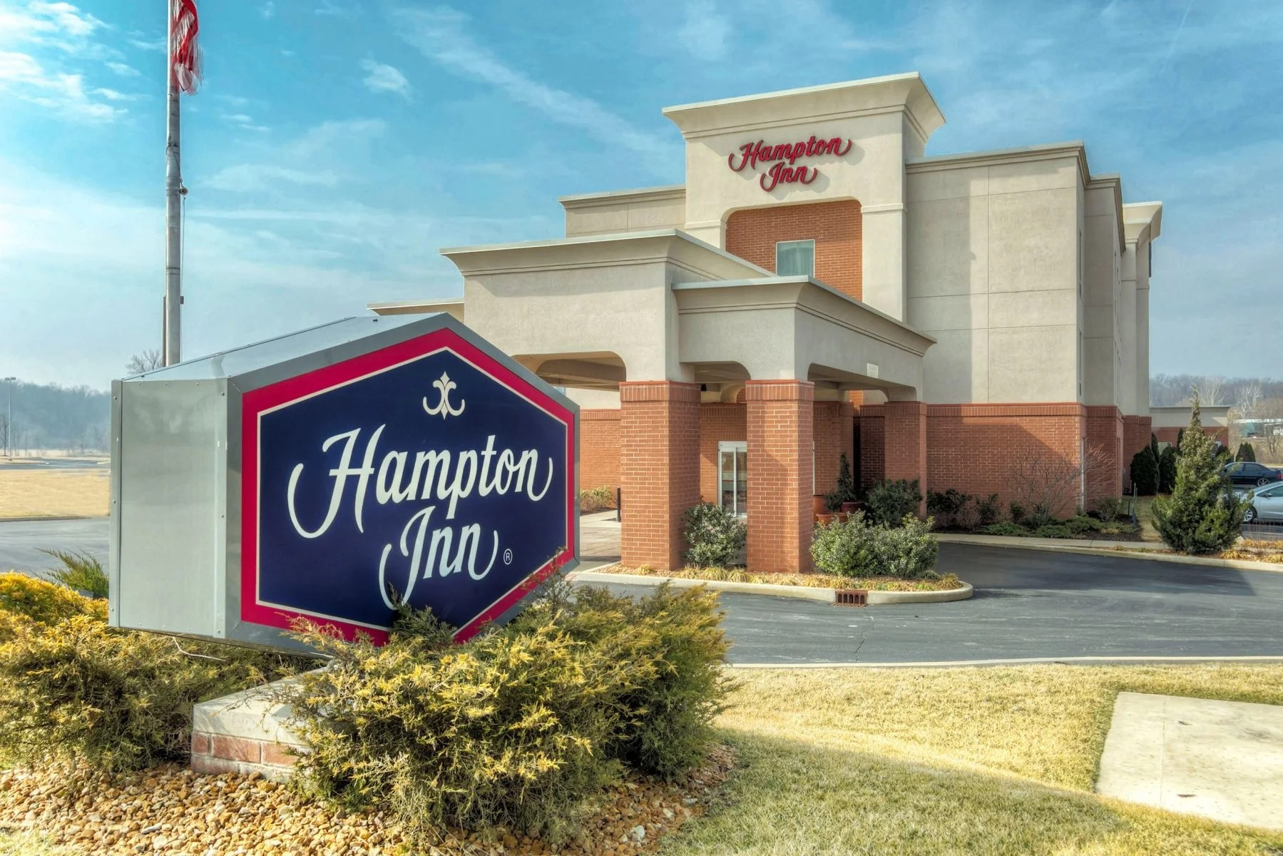 Use The Hilton Honors American Express Card's Welcome Bonus for 5 Night Stay at a Hampton Inn Outside of St. Louis