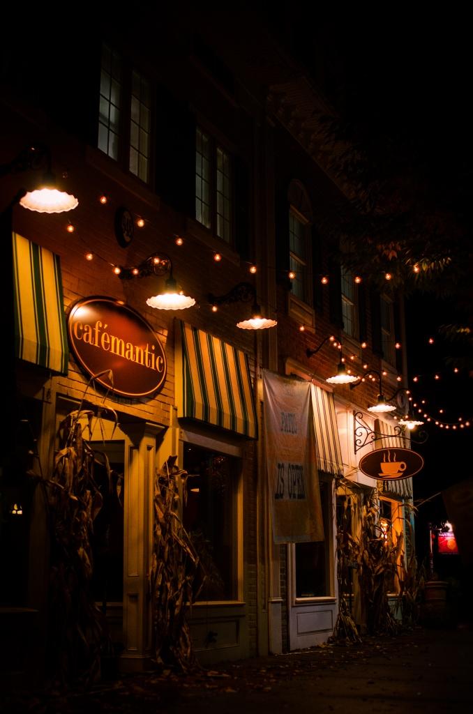 Cafemantic (award winning)- 948 Main St.