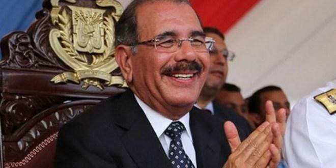 Encuesta Mark Penn/Stagwell: 59% se encuentra satisfecho con el trabajo del presidente Danilo Medina