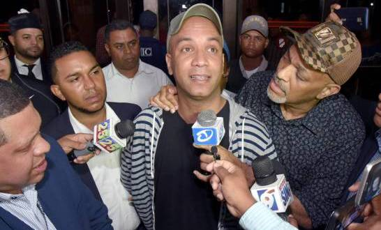 Payaso Kanqui seguirá en prisión, por falta de dinero para pagar la fianza