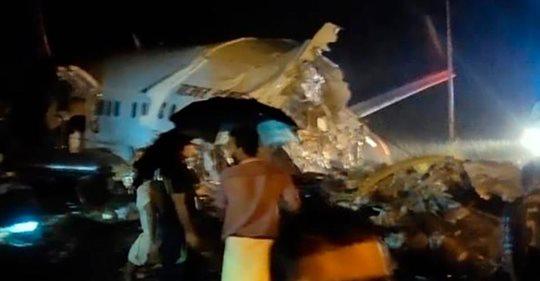 Avión con casi 200 personas a bordo se estrella en la India