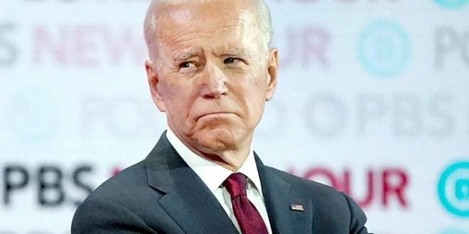 Joe Biden sufre torcedura de tobillo y pequeñas fracturas en la parte media del pie