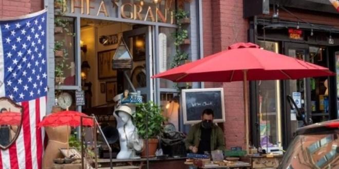 NYC: permitirá a pequeños negocios vender en las aceras
