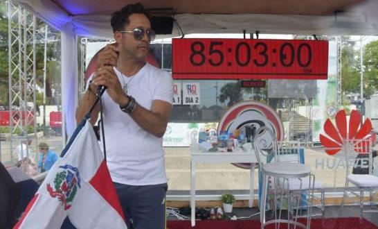 Carlos Silver por tercera vez en busca de romper récord Guinnes