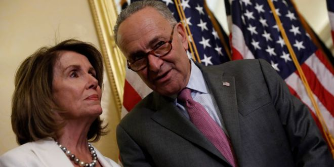 Nancy Pelosi y Chuck Schumer dicen estar listos para aprobar cheques de $1,400 tras anuncio de Biden