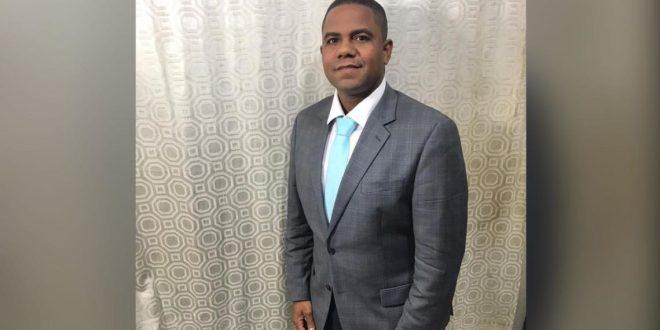 Aduanas suspende a director regional en Santiago acusado de violación sexual