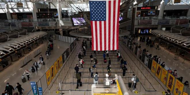 Nueva York quita restricciones para viajeros vacunados