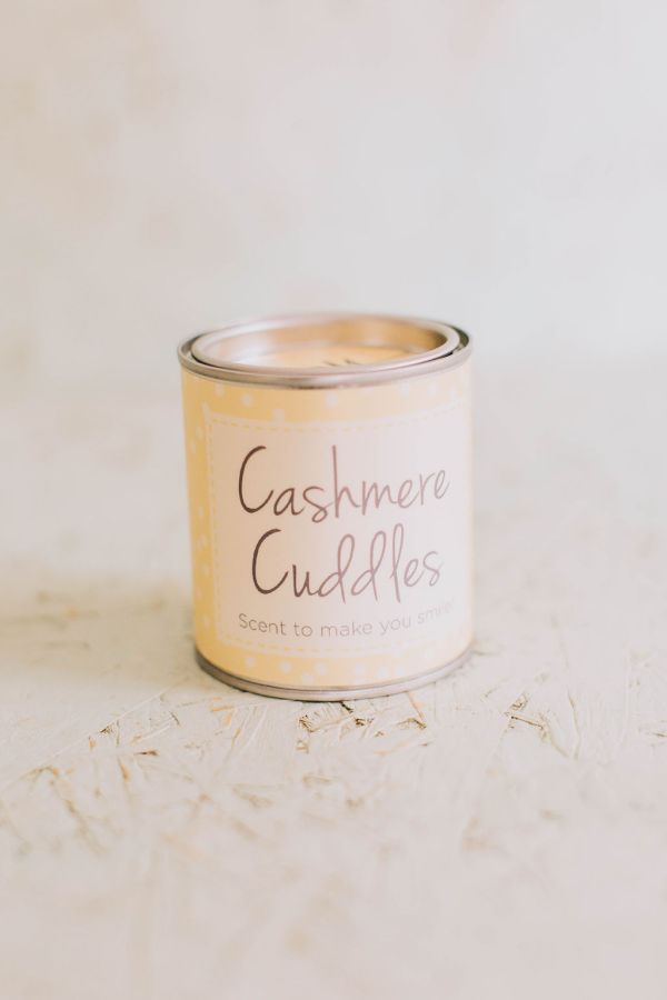Cashmere Cuddles Candle Tin
