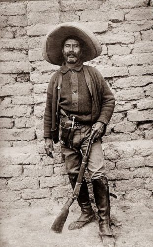 Unidentified Mexican fighter, 1913